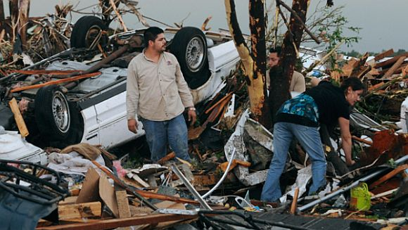 JoplinTornado AP What To Do If A Tornado Hits Your Home