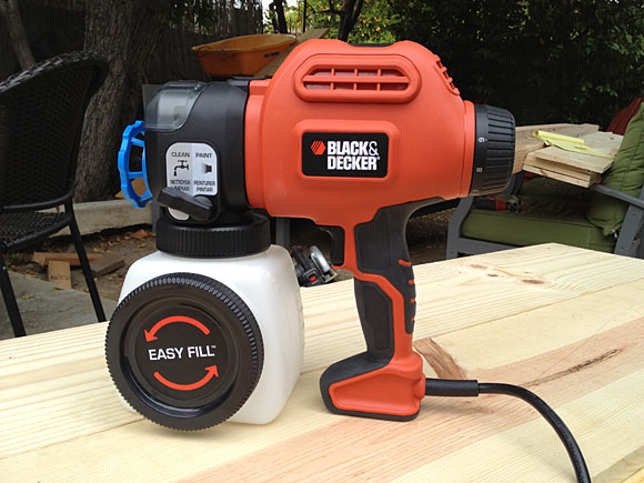 black-decker-spray-gun-standing.jpg