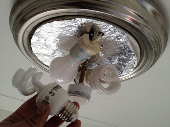 changing lightbulbs cfl Warning: Prepare to Convert Your Lightbulbs This Year