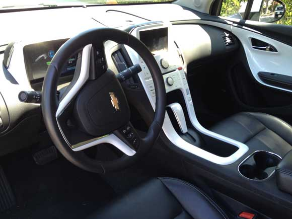 chevy volt interior The Chevy Volt Will Change Your Attitude About Electric Cars