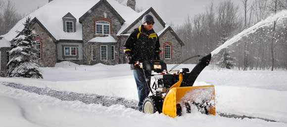 cub cadet snow thrower How to Choose a Snow Thrower: Single or Two Stage