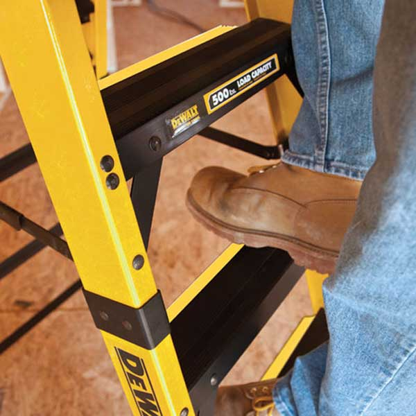 dewalt fiberglass ladder Hang Christmas Lights Safely With This DeWALT Fiberglass Stepladder