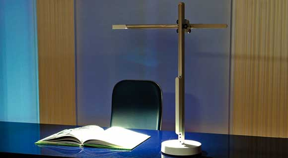 The CSYS LED Desklamp from Jake Dyson