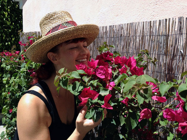 laura flowers Outdoor Living Made Easy with a Lowes Backyard Makeover