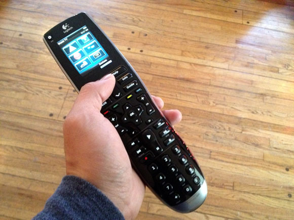 logitech harmony remote Review: Logitech Harmony 900 Universal Remote