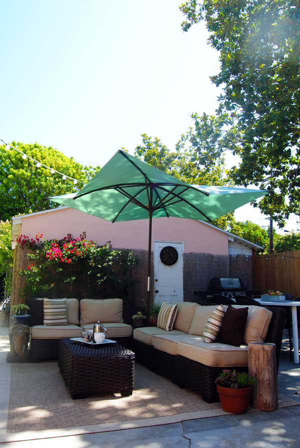Outdoor Living Made Easy with a Lowe's Backyard Makeover on Lowes Outdoor Living id=97220