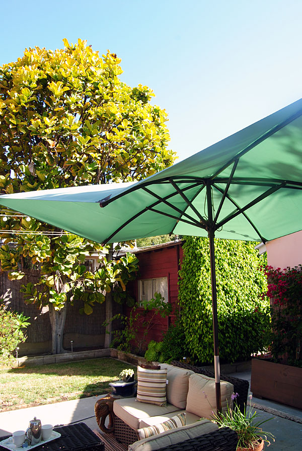 lowes-umbrella-vertical.jpg
