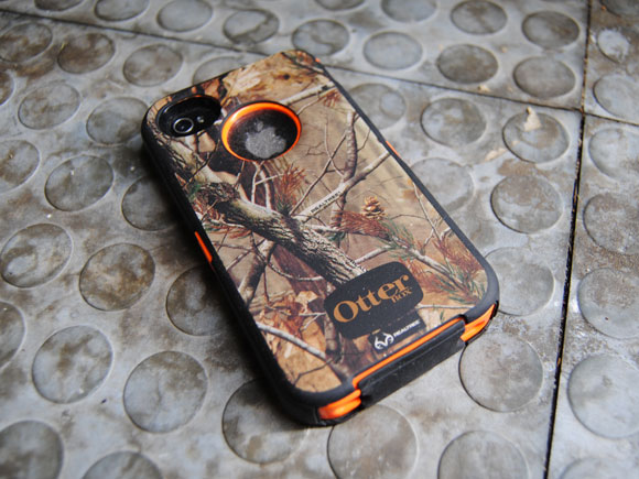 Otterbox Defender iPhone Case in Real Tree Camo