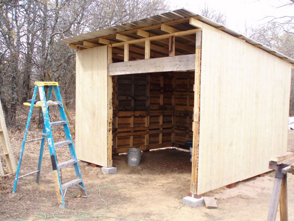 How To Make A Shed Out Of Wooden Pallets, How... - Amazing Wood Plans