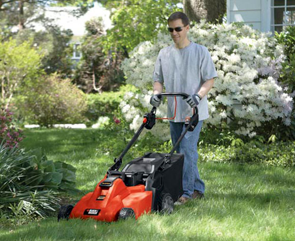 rechargeable mower lawn Spring Giveaway: Black & Decker Rechargeable Mower