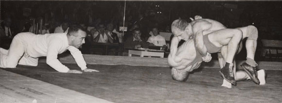 vintage-wrestling-olympics.jpg