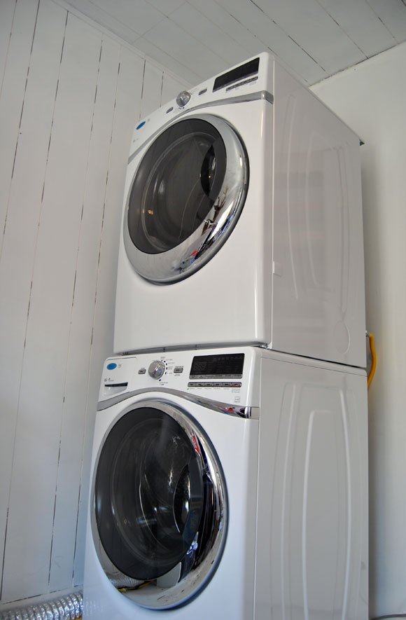 Upgrade Your Life with the Whirlpool Duet WasherDryer