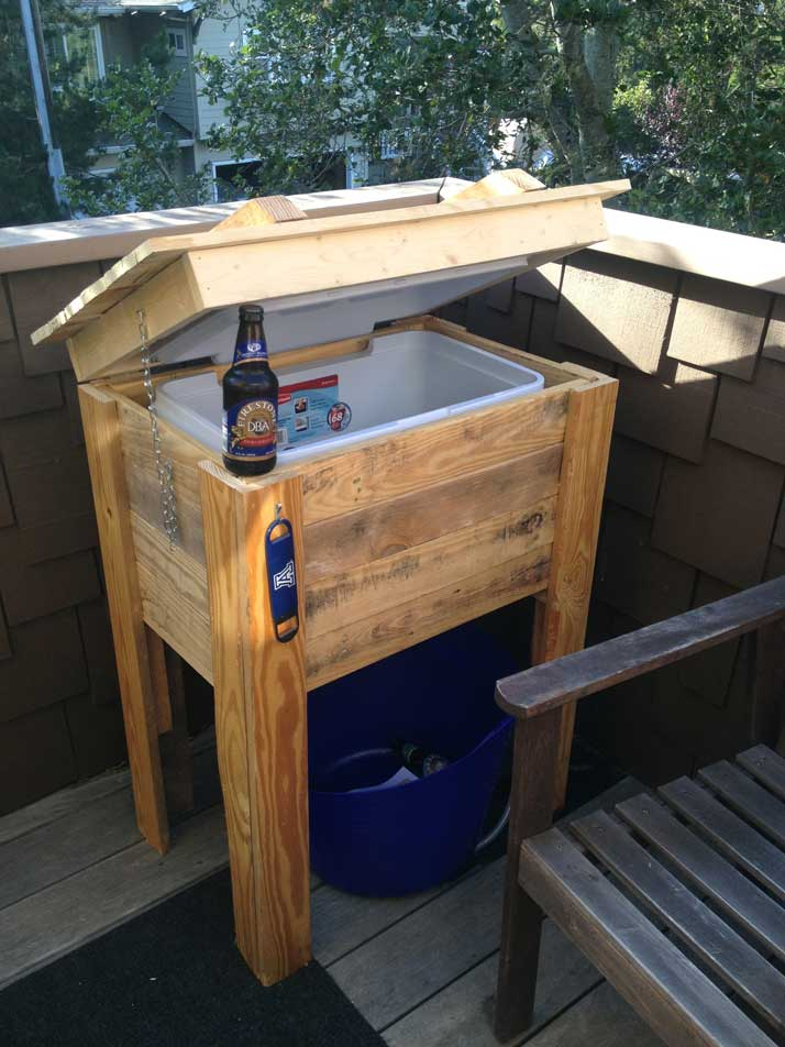 How to build a cooler stand from pallets for Wooden beer cooler plans