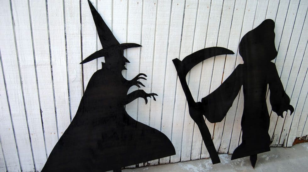 halloween silhouettes featured