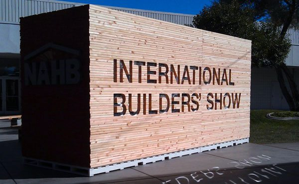 builders-show-sign