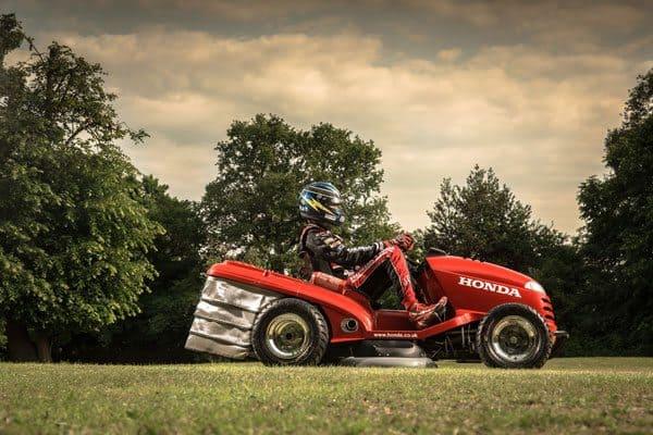honda-mower-racer