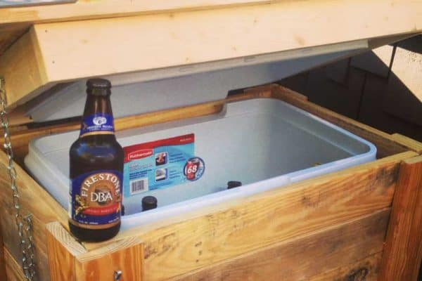 How To Build a Cooler Stand from Pallets