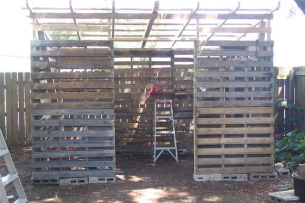 pallet shed3