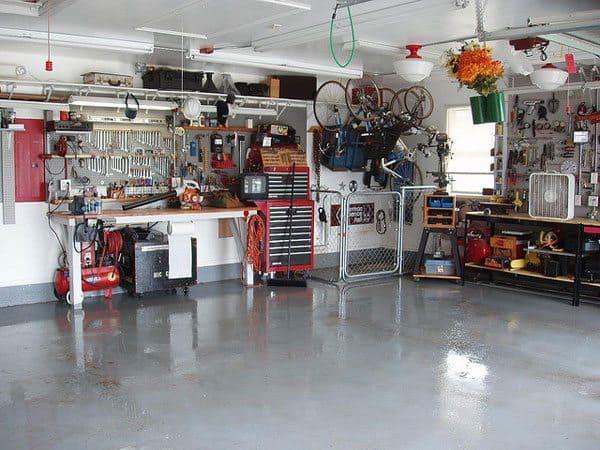 Garage Home Workshop