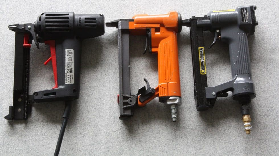 upholstery staple gun review featured