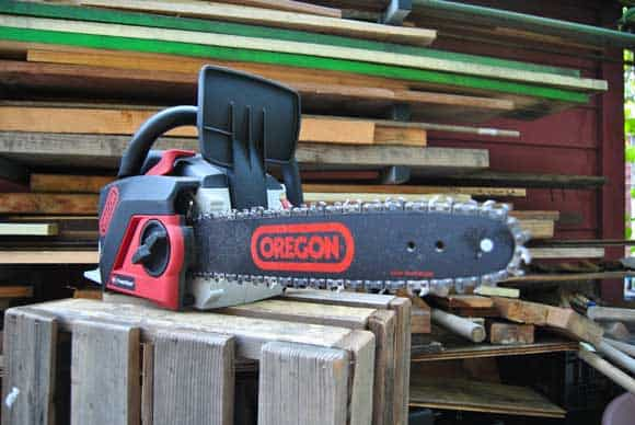 oregon-chainsaw