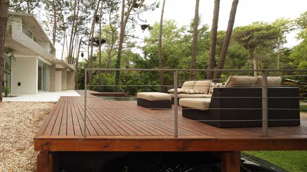 stylish-deck-argentina