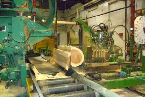 WoodMill Sawing Process