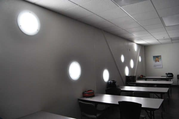 Vertical/Wall lighting