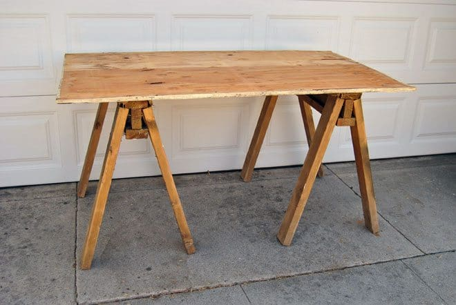 build-sawhorse-table-main