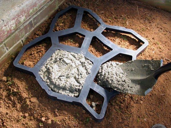 Quikrete-Walk-Maker-Country-Stone-fill