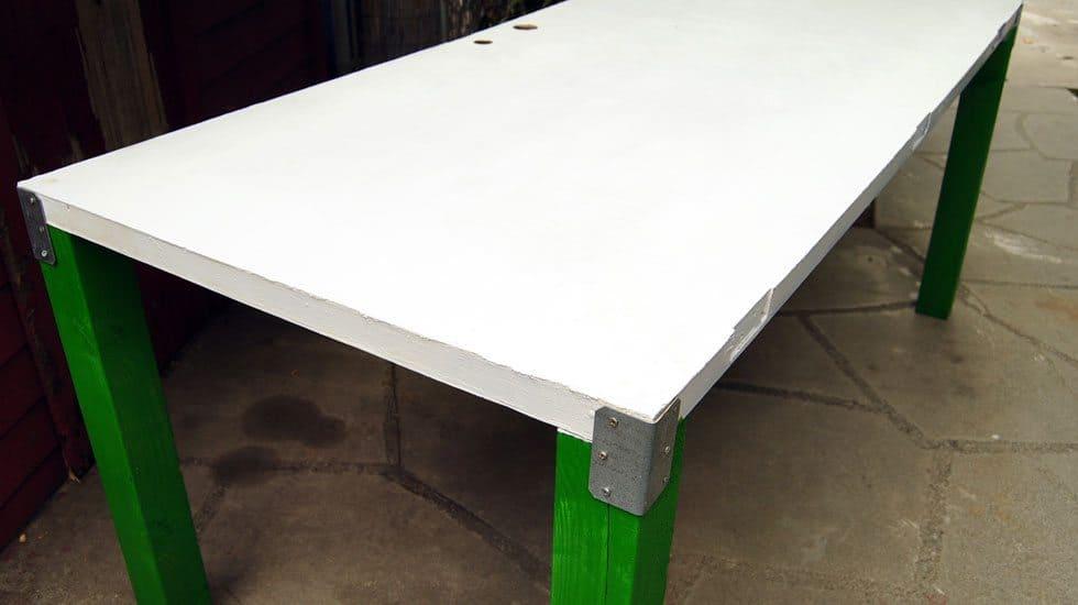 door to table