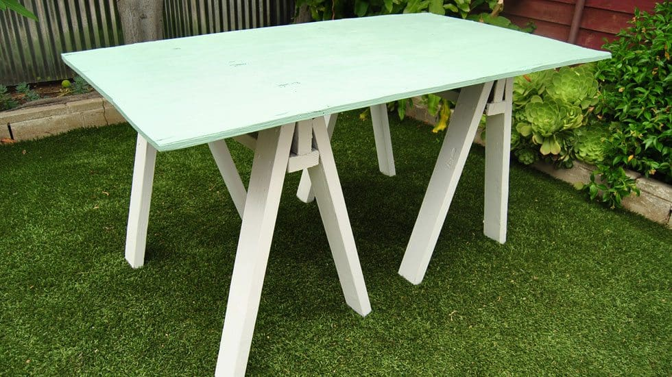sawhorse table featured