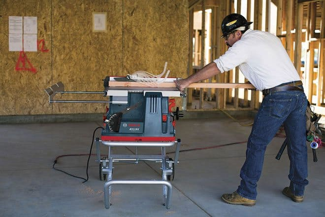BoschREAXX-portable-tablesaw-finger