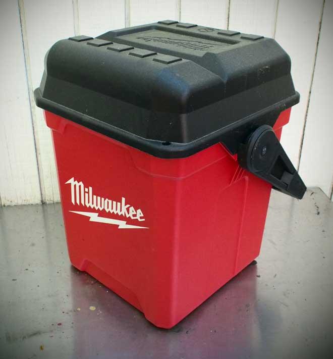 milwaukee-13-workbo