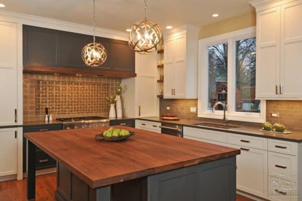 6 Benefits of Custom Cabinetry