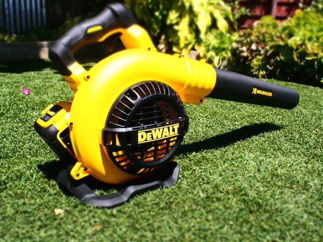 Dewalt Launches 40v Max Battery Powered Outdoor Equipment