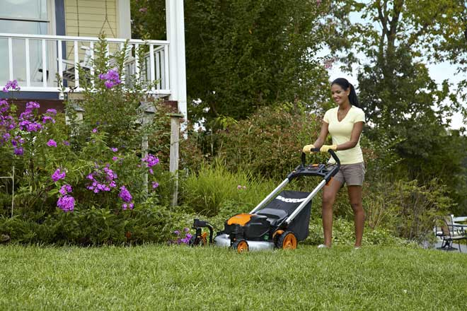 WORX-56V-Caster-Wheel-Mower_WG771_Mowing
