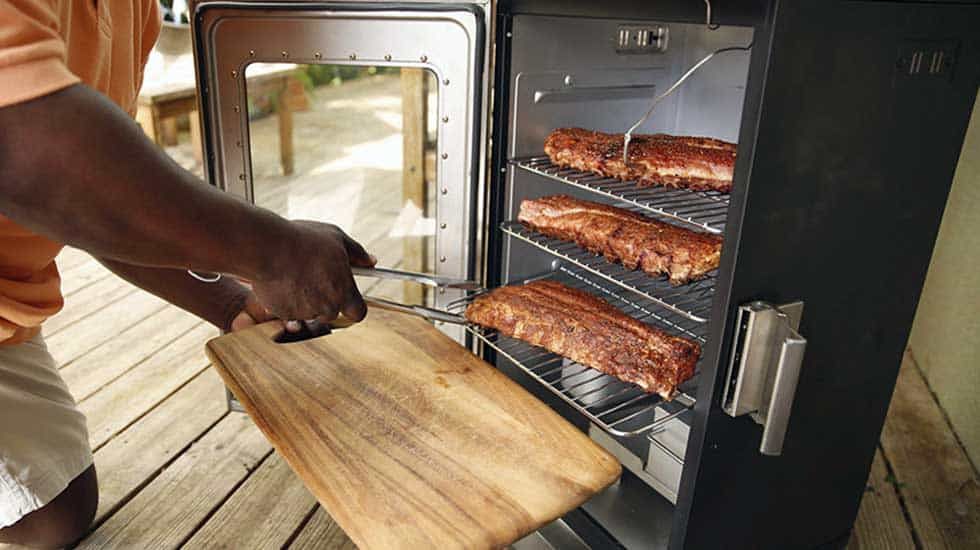 Char-Broil Digital Electronic Smoker Review