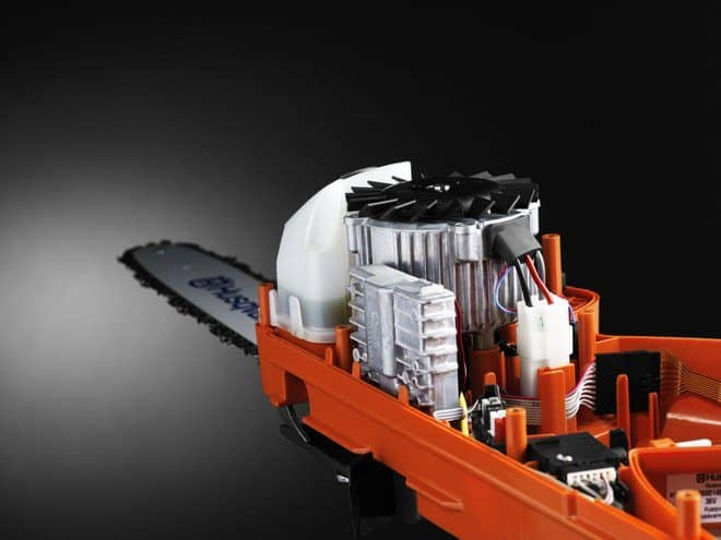 Compact and powerful brushless motor in Husqvarna's battery chainsaw - 536Li XP