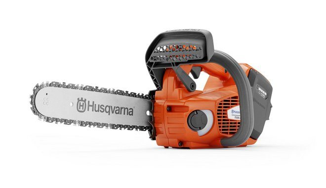 Husqvarnas professional battery top handle chainsaw T536Li XP
