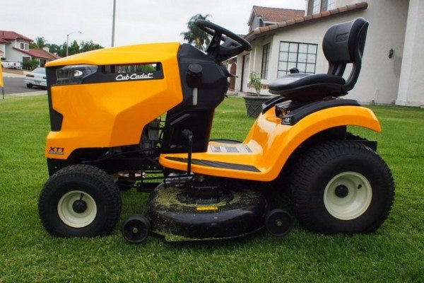 Cub Cadet XT Riding Mower