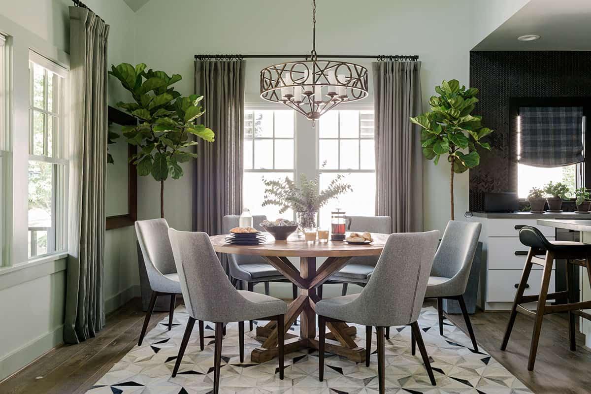 HGTV Urban Oasis 2016 dining room