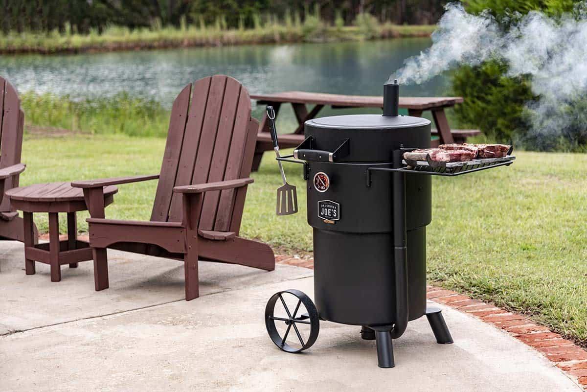 OklahomaJoes Bronco Drum Smoker Lifestyle