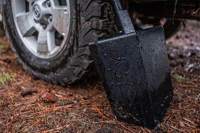 overlanding shovel