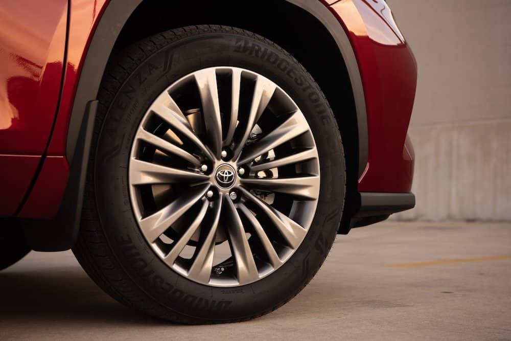 2020 Toyota Highlander Platinum Hybrid AWD Ruby Flare Pearl 016