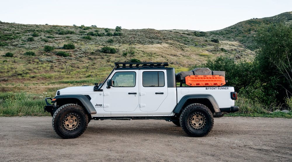 jeep gladiator front runner rack