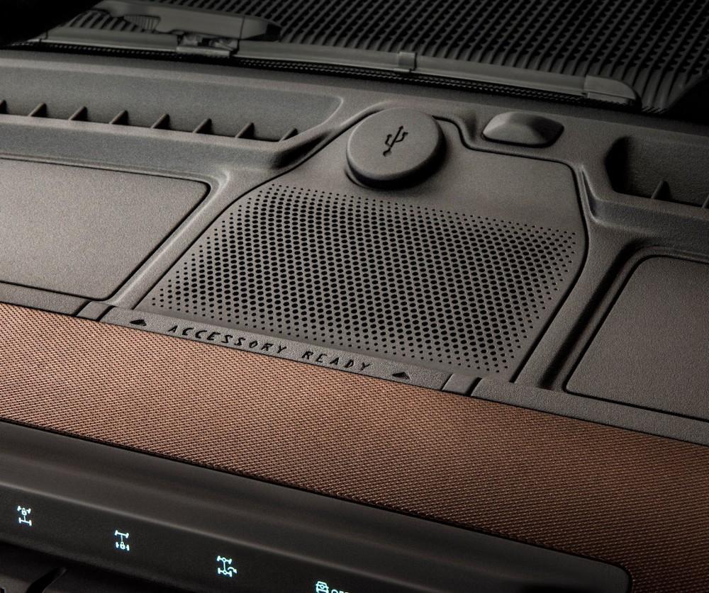 Bronco 2dr Interior 04