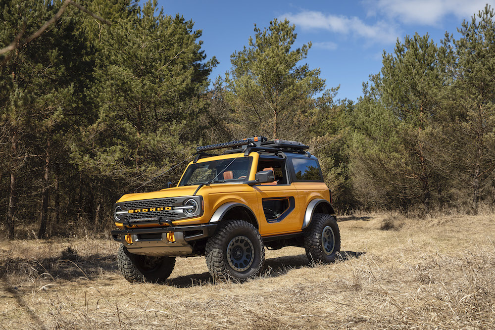 Bronco 2dr features 01