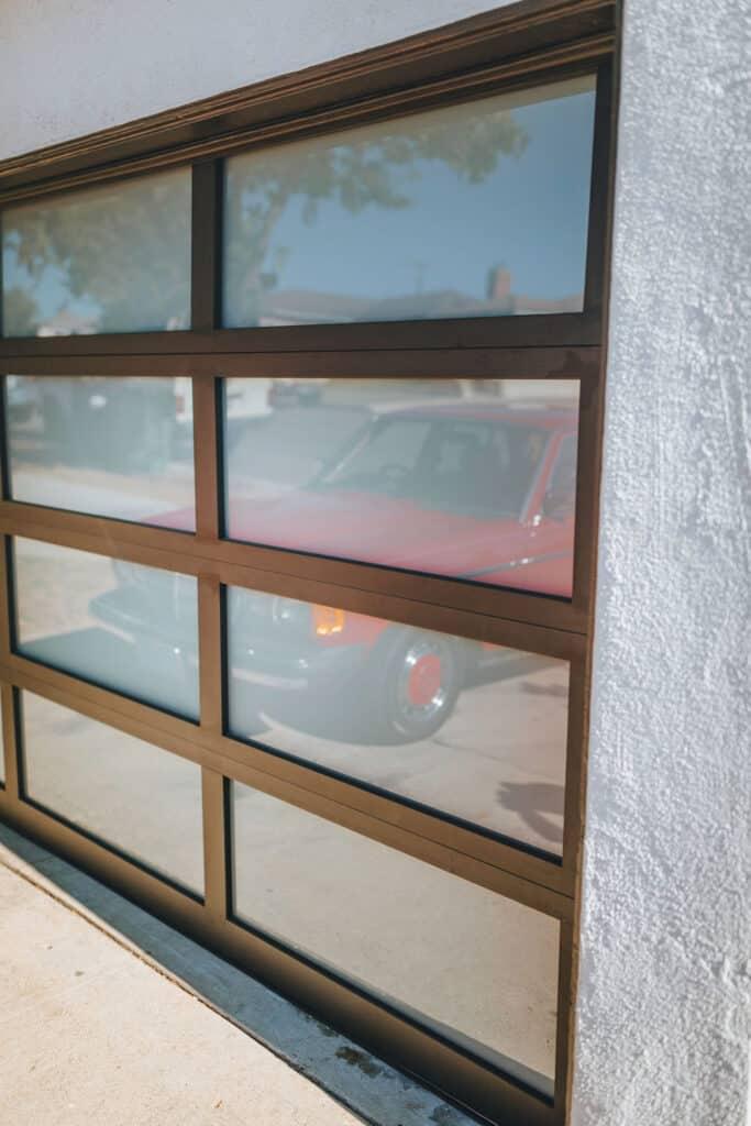 Clopay Avante GarageDoor 5502