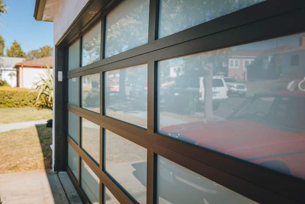 Clopay Avante GarageDoor 5505